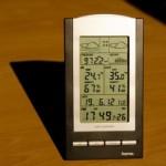 Hochwertiges Display der Hama Funkwetterstation EWS 800