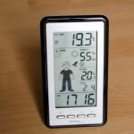 Ein kleines Wettermännchen der WS9632 im Test prognostiziert das Wetter