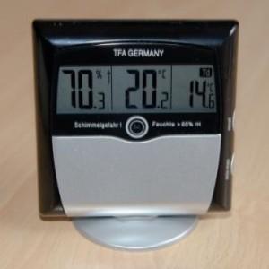 Das genaue Thermo-Hygrometer im ausführlichen Test - Kampf dem Schimmel!