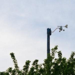 Der Anemometer der Nexus Wetterstation in 8 Meter Höhe